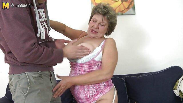 بور طبیعی جوراب ساق بلند در یک اتاق خالی و ریز دانلود فیلم سوپر سکسی رایگان و درهم و برهم