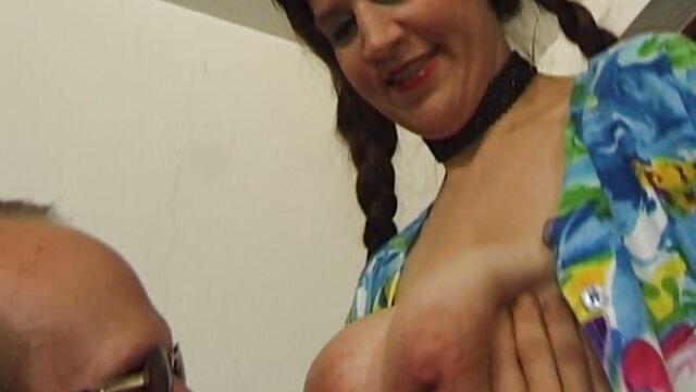 Brunette Audrey تعطیلات بسیار عمیق از پخش انلاين فيلم سوپر blowjob
